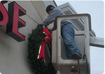 professional building front christmas decoration installation